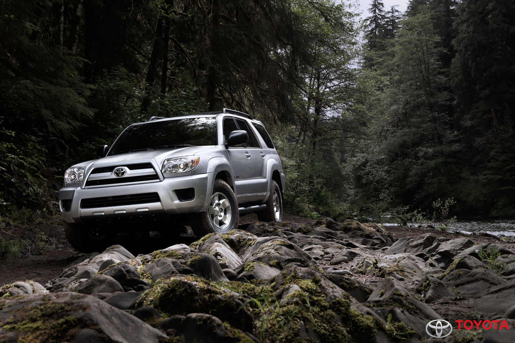 Toyota_4Runner-on-Rocks-10-2008